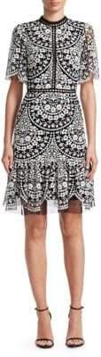 ML Monique Lhuillier Short-Sleeve Lace A-Line Dress