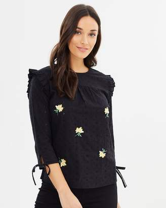 Dorothy Perkins Broderie Frill Shell Top