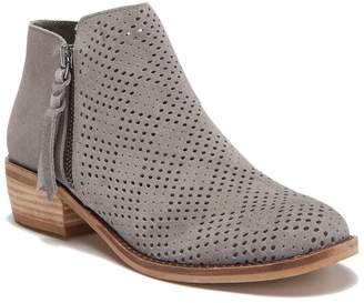 Dolce Vita Sydnie Suede Ankle Boot