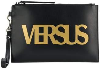 Versus logo clutch