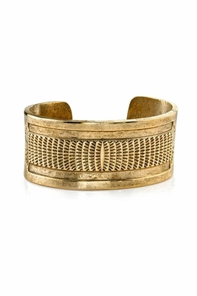 Low Luv by Erin Wasson Scalloped Cuff in Gold