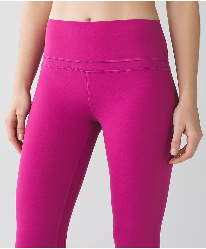 Lululemon is a yoga-inspired, technical athletic apparel company known for their stylish, high-performance Lululemon leggings, yoga pants, and chic women's activewear. Discover thousands of Lululemon sale items, from workout clothes to athleisure essentials.