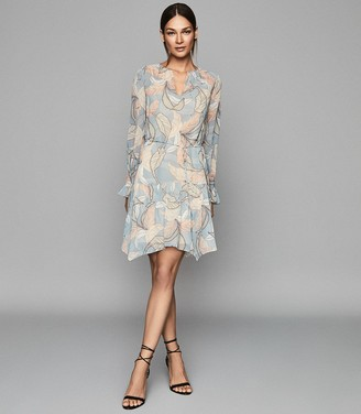 Reiss DARA LEAF PRINTED SHIFT DRESS Blue