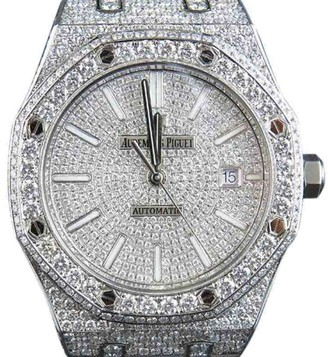 Audemars Piguet Royal Oak 15400ST.OO.1220ST.02 Stainless Steel 18.5 Ct Diamond 41.9mm Watch $85,000 thestylecure.com