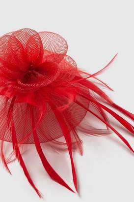 Wallis Red Clip Feather Fascinator