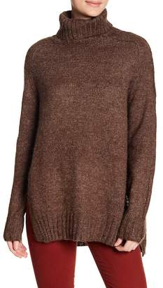 ASTR the Label Stacy Turtleneck Sweater