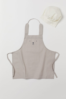 H&M Apron and chefs hat