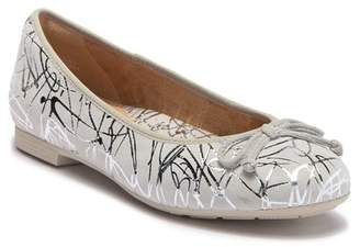 e4a36419825 ... Earth Allegro Printed Suede Skimmer Flat