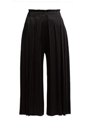 Pleats Please Issey Miyake Pleated Cropped High Rise Trousers - Womens - Black