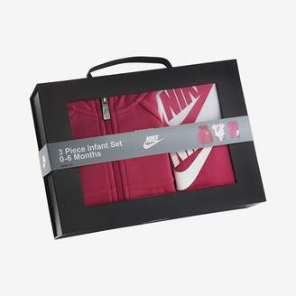 Nike Futura Three-Piece Infant Boxed Set