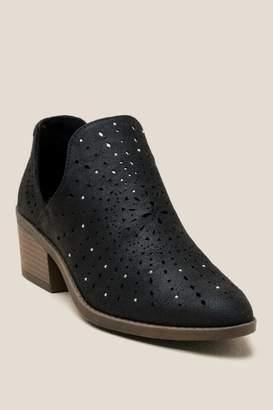Fergalicious Wyatt Low Ankle Boot - Black