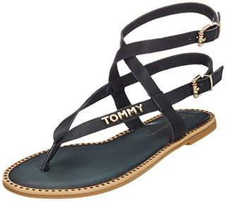 ecbc8e75aab305 Tommy Hilfiger Women s s Iconic Flat Strappy Sandal Flip Flops