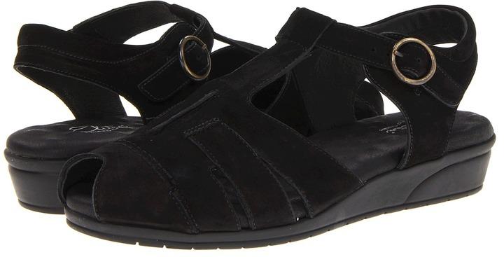 Walking Cradles Valetta (Black Roughout Leather) - Footwear