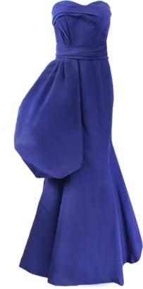 OSCAR DE LA RENTA Strapless Side Drape Gown $6,490 thestylecure.com