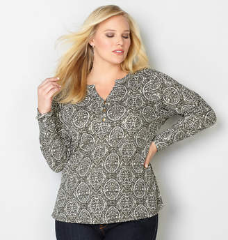 Avenue Medallion Print Thermal Henley