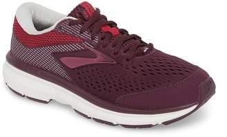 Brooks Dyad 10 Running Shoe