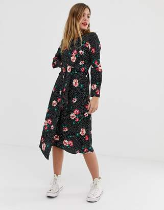 fde2012416 Influence knot front asymmetric wrap dress in floral and polka dot print