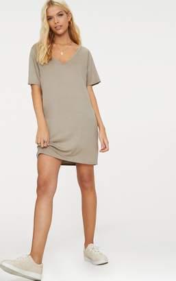 PrettyLittleThing Taupe Basic V Neck T Shirt Dress