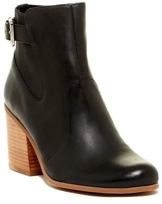 SUSINA Zuri Ankle Boot $69.97 thestylecure.com