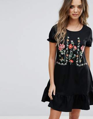 Boohoo Drop Hem Embroidered Shift Dress $44 thestylecure.com