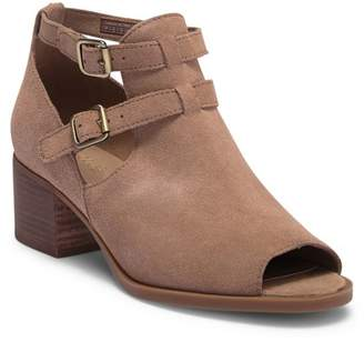 Koolaburra BY UGG Sophy Suede Ankle Boot