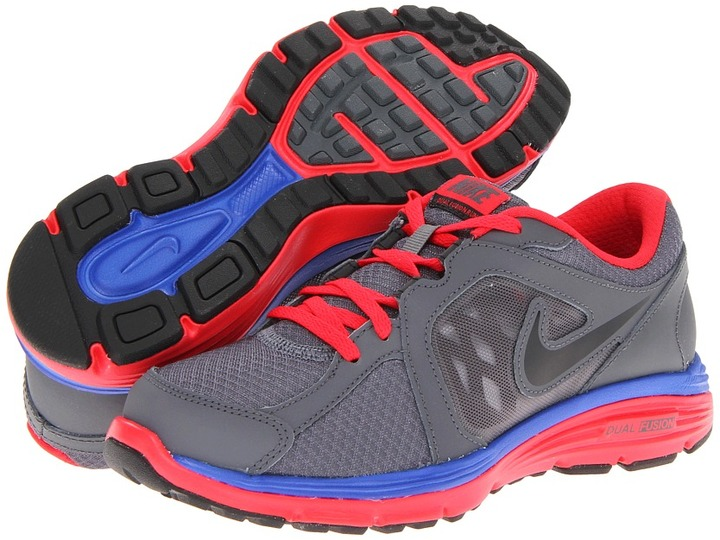 Nike Dual Fusion Run (Big Kid) (Dark Grey/Hyper Red/Hyper Blue/Black) - Footwear