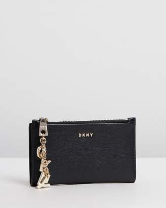 DKNY Paige Medium Slim Wallet