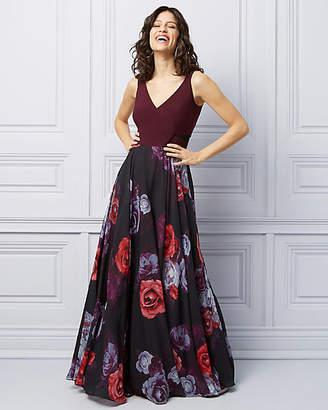 Le Château Floral Print Knit & Chiffon V-Neck Gown