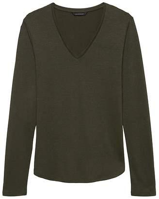 1eb3f995 ... Banana Republic Luxespun Long-Sleeve V-Neck T-Shirt