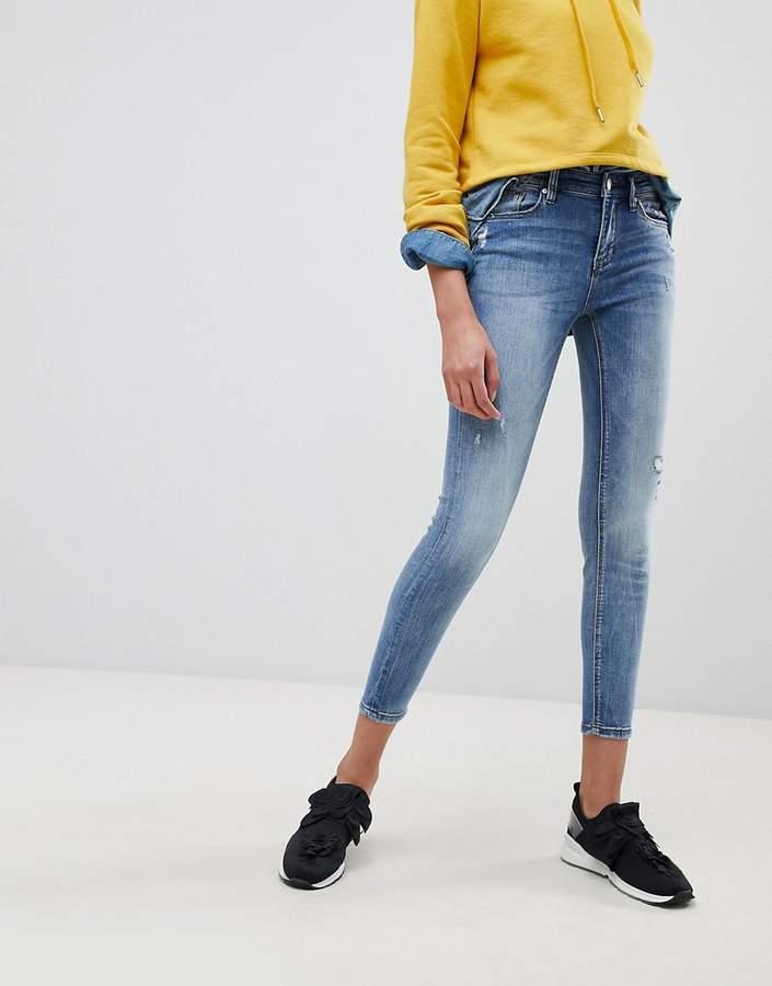 Stradivarius – Enge Jeans mit niedriger Taille