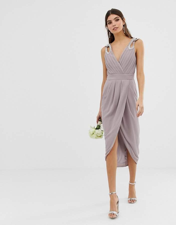 – Midi-Brautjungfernkleid in Wickeloptik mit verzierten Schultern