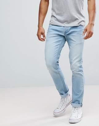 Solid Slim Fit Jeans With Light Blue Wash