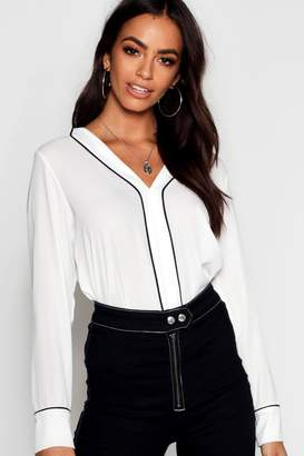 boohoo Woven Piped Collar Detail Blouse