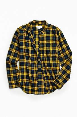 Urban Outfitters UO Plaid Flannel Button-Down Shirt $49 thestylecure.com