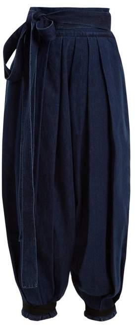 Wide-leg pleated tie-cuff denim trousers