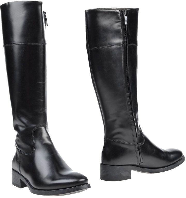 Andrea MorandoANDREA MORANDO Boots