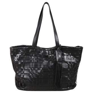 e2cab821df5536 ... get pre owned at vestiaire collective prada leather handbag f977d cf4e1