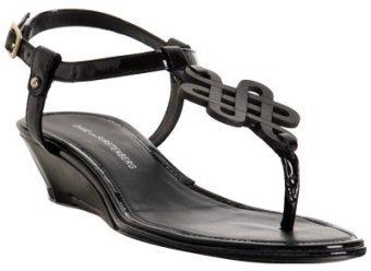 Diane Von Furstenberg black patent leather 'Molto' thong sandals