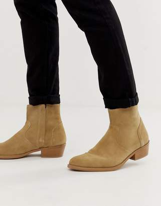 211ce558c6ea Asos Design DESIGN cuban heel western chelsea boots in stone suede with  natural sole