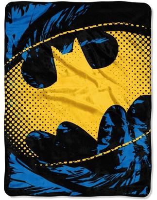 "Warner Bros. Batman ""Ripped Shield"" 46"" x 60"" Micro Raschel Throw"
