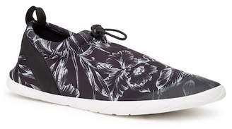 Tommy Bahama Komono Island Slip-On Water Sneaker