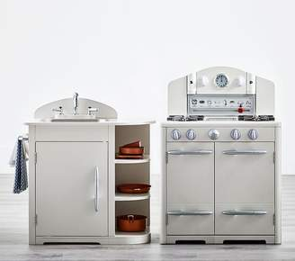 Pottery Barn Kids Retro Kitchen Oven & Sink Set