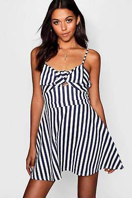 boohoo NEW Womens Stripe Bow Front Bandeau Skater Dress in Polyester