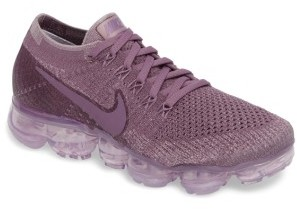 Women's Nike Air Vapormax Flyknit Running Shoe $190 thestylecure.com
