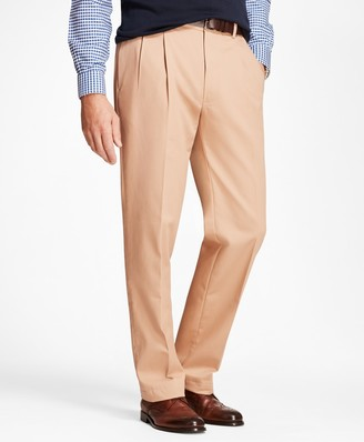 Brooks Brothers Elliot Fit Stretch Advantage Chinos