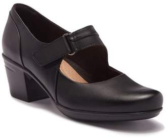 Clarks Emslie Lulin Leather Pump - Wide Width Available