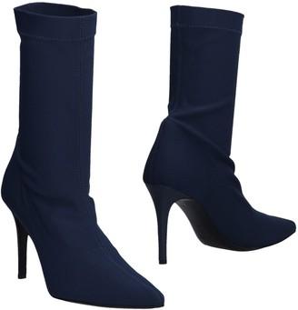 Twiggy Ankle boots - Item 11473977KA