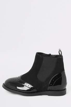 River Island Girls Black Mini Mixed Patent Brogue Flat Boots - Black