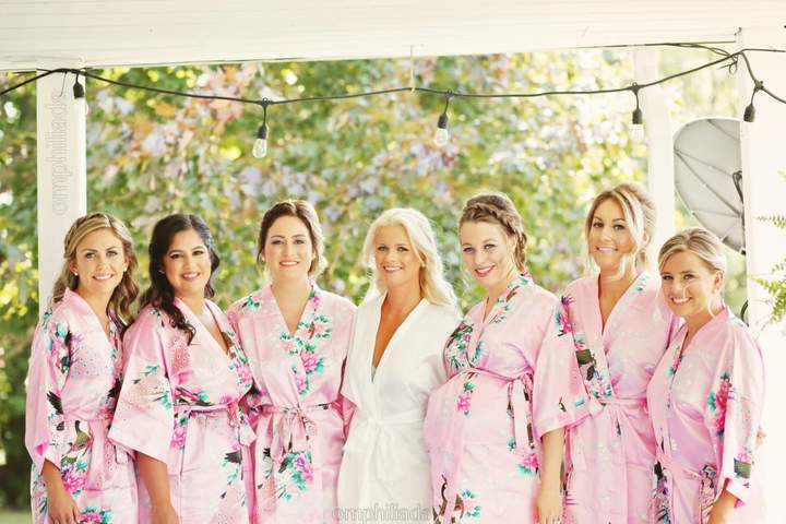 Etsy Floral Kimono Bridesmaid robe // Set of 4 Bridesmaid robes // High quality robes // Silk Bridesmaid