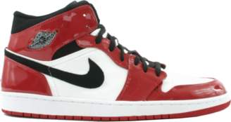 Jordan 1 Retro Chicago Bulls Patent (2003)